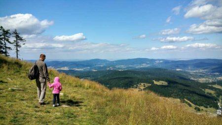 Что нужно помнить, собираясь в горы с ребенком